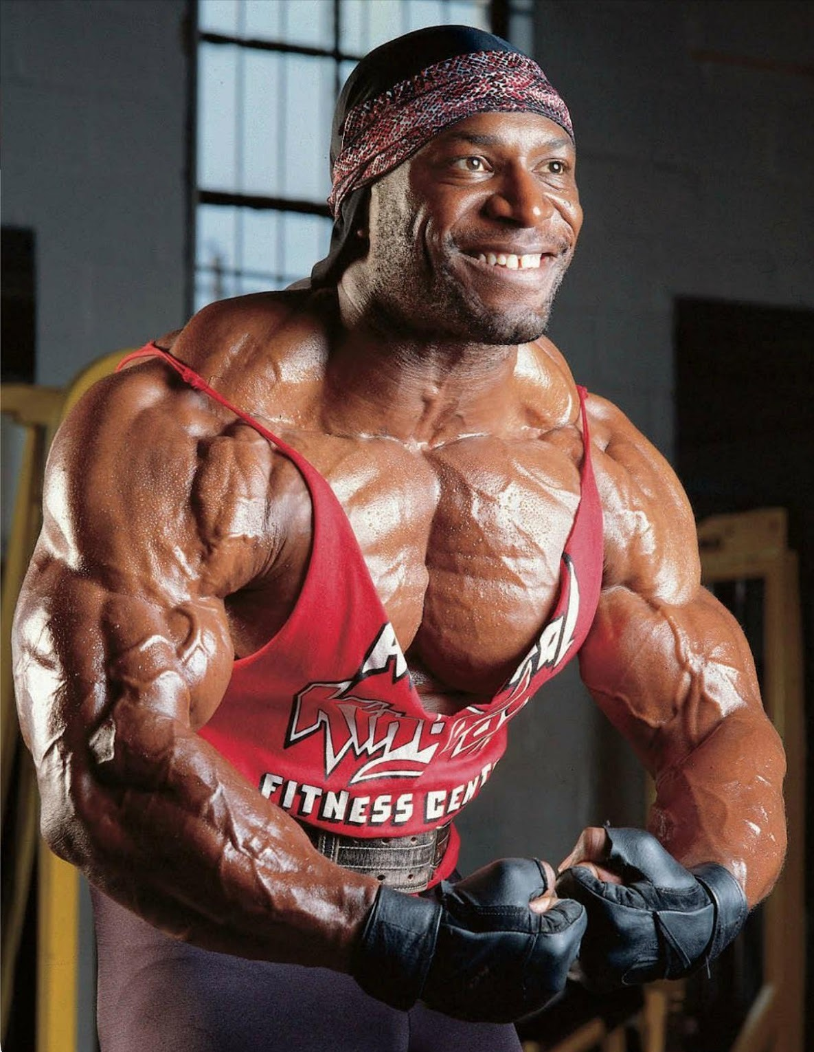 body builder lee haney Mr olympia flexing muscles in the gym