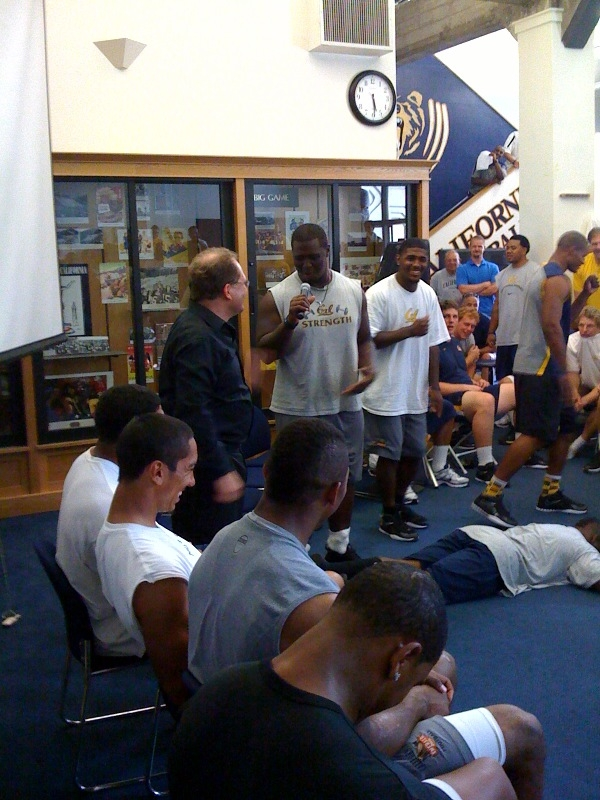 sports hypnotherapy for football college football hypnosis  with hypnotist chris cady and cal bears
